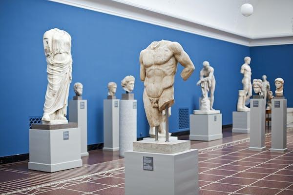 Morgen på Glyptoteket: Skulptur fra antikken til Tal R