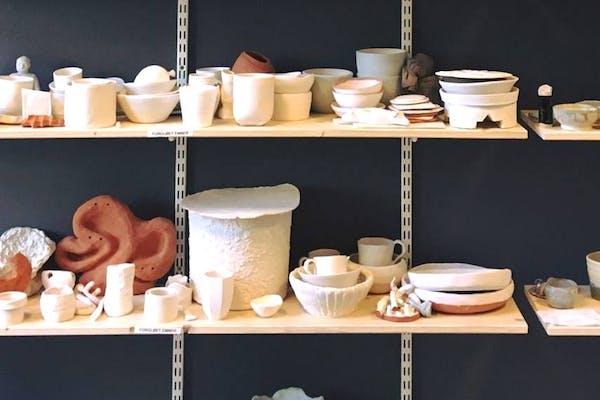 Nøglesæt til gangbesværede i keramikken.