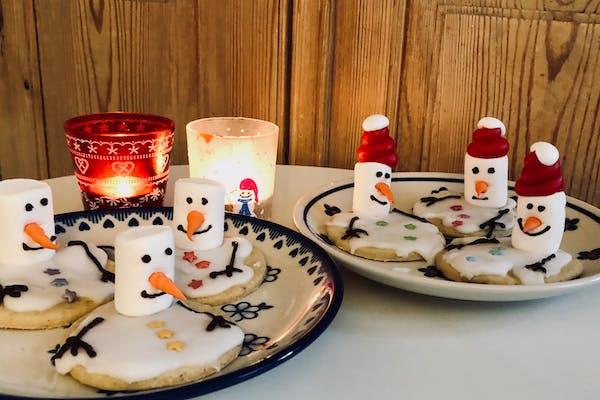 Julebageworkshop for børn: Smeltede snemænd