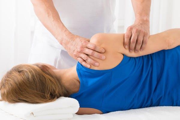 Bliv skarp på skulderoperationer og den postoperative genoptræning
