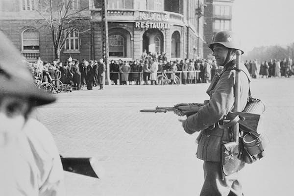 Blandt fjender - byvandring om 2. Verdenskrig på Østerbro - med Morten Lander Andersen
