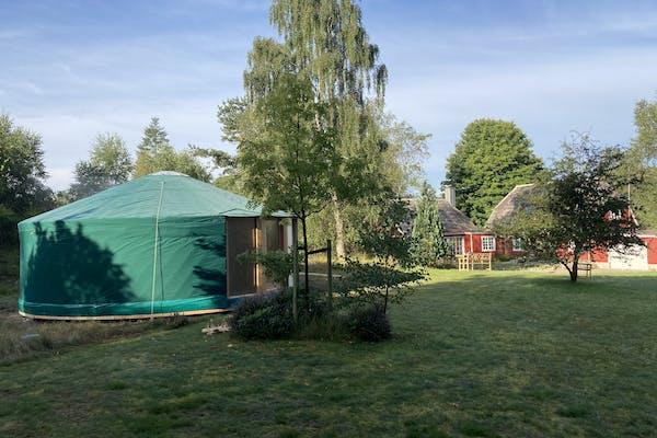 """Åben Fordybelses Aften i """"Huset ved Søen"""" - Essens, meditation, healing og trommerejse."""
